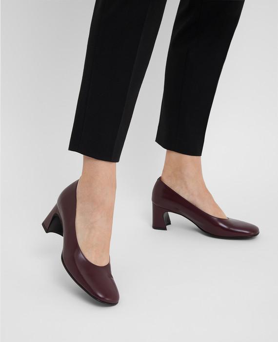 Бордовые кожаные туфли hover