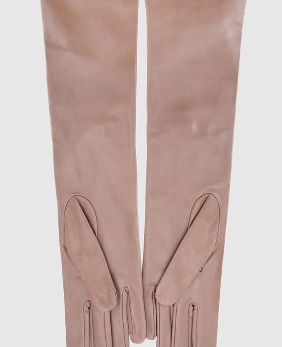 Бежевые перчатки hover