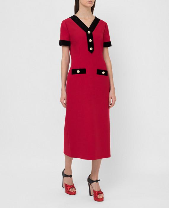 Красное платье из шерсти и шелка hover