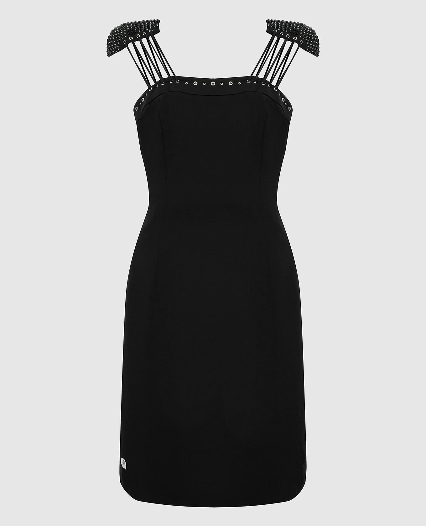 Черное платье с кристаллами