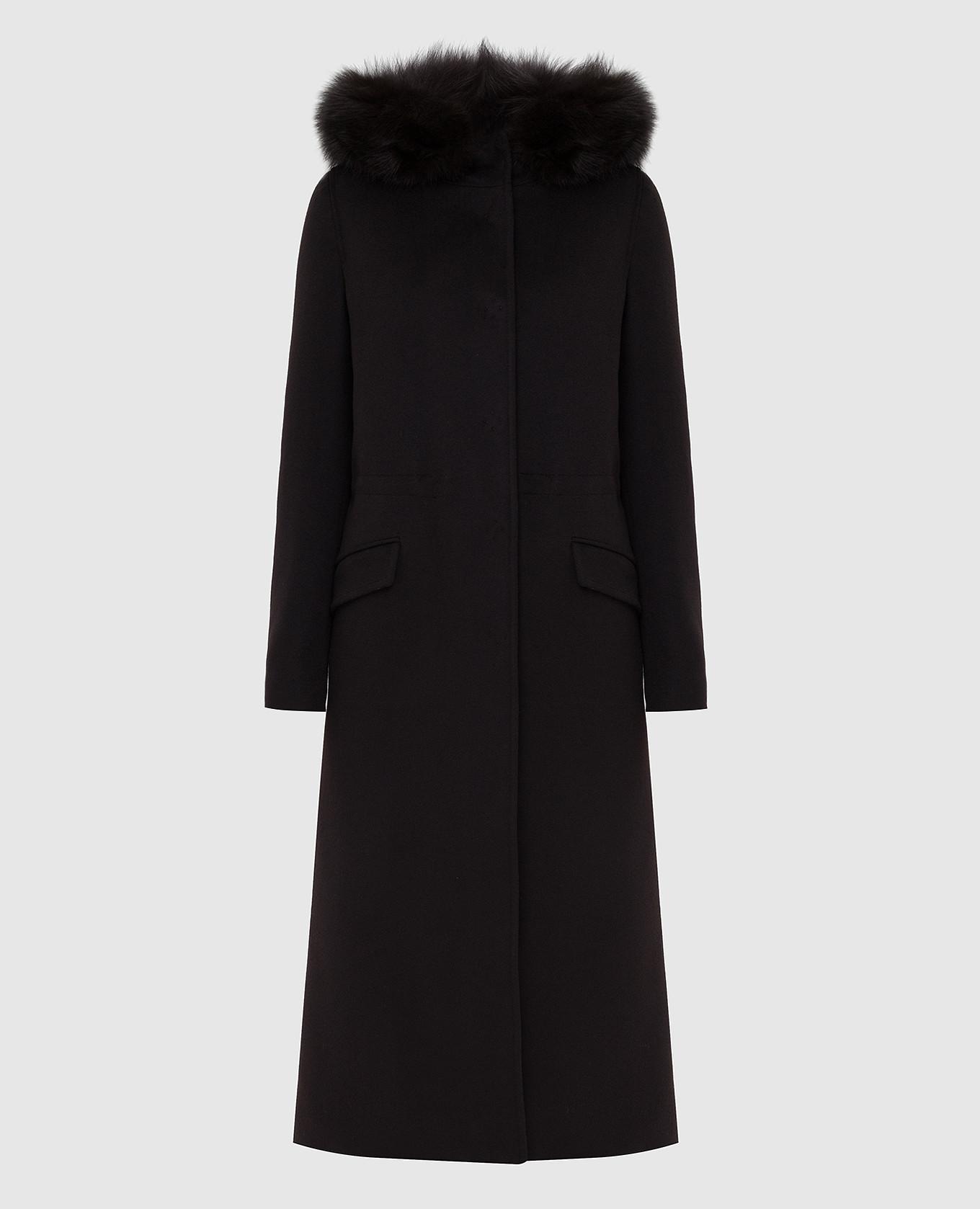 Черное пальто с мехом лисы