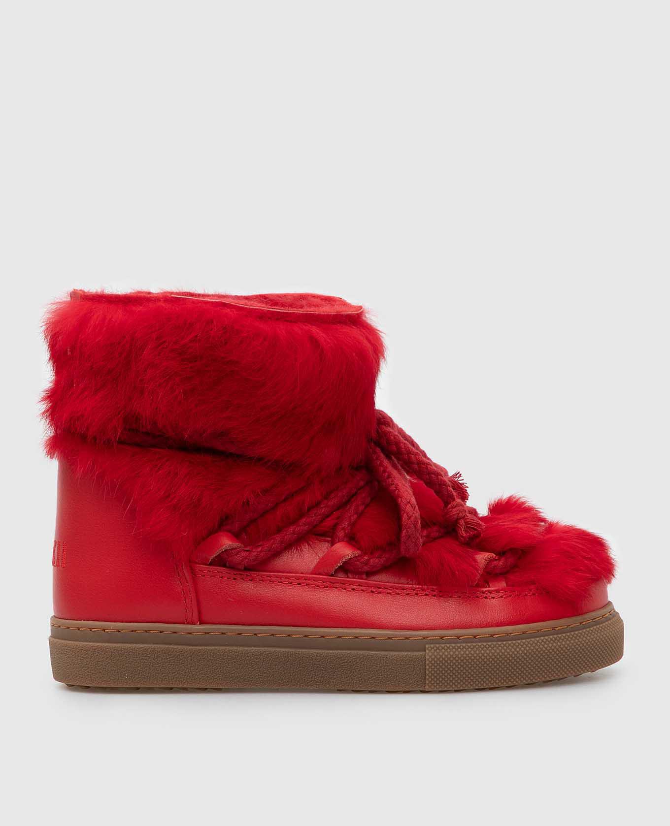 Детские красные ботинки
