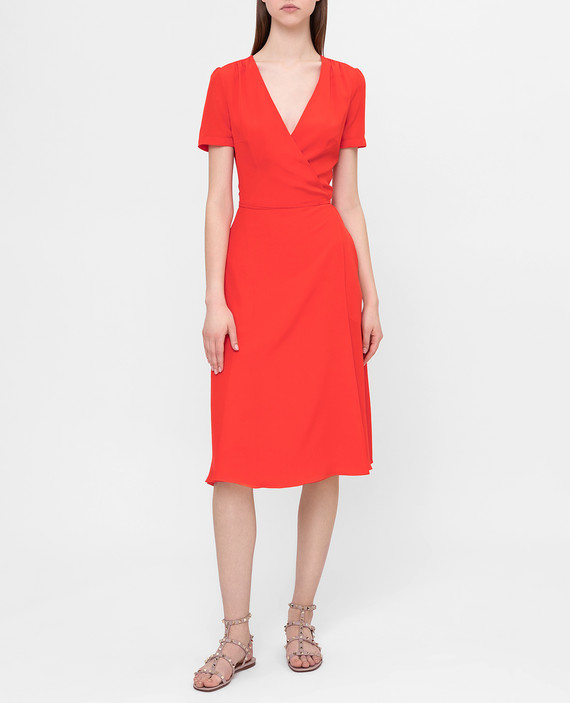 Коралловое платье из шелка hover