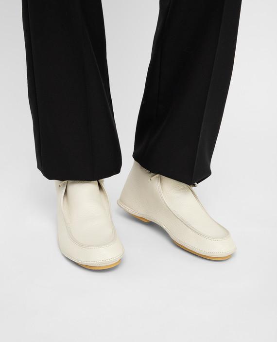 Светло-бежевые кожаные ботинки hover