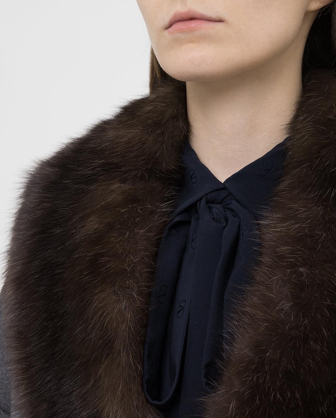 Real Furs House Серое пальто из кашемира с мехом соболя изображение 5