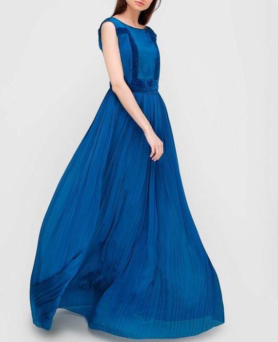 Синее платье из шелка hover