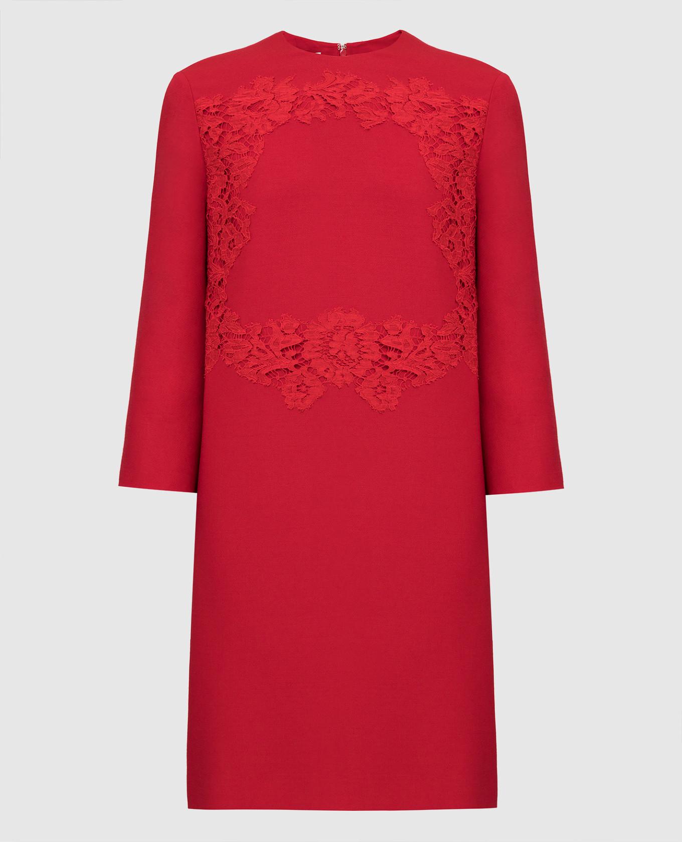 Красное платье из шерсти и шелка