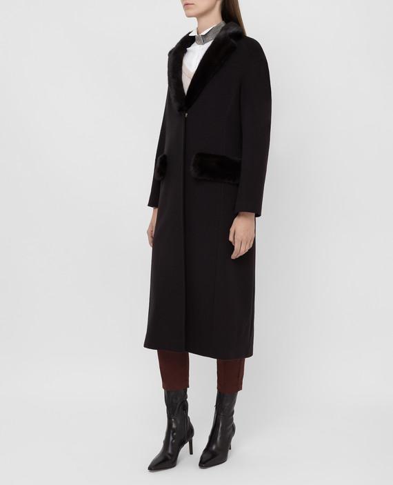 Темно-коричневое пальто с мехом норки hover