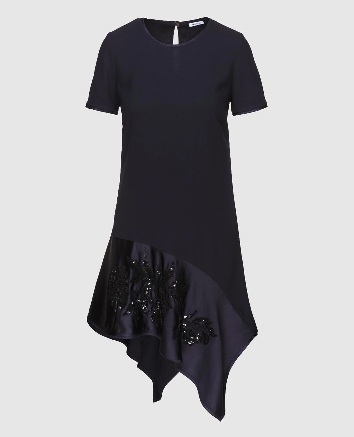 Темно-синее платье с вышивкой пайетками