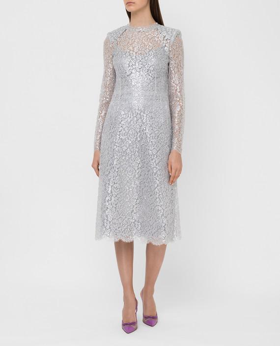 Серебристое платье hover