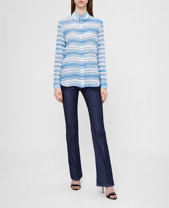 Голубая рубашка из шелка hover