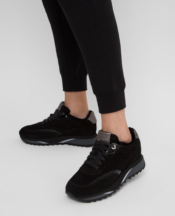 Черные замшевые кроссовки на меху hover