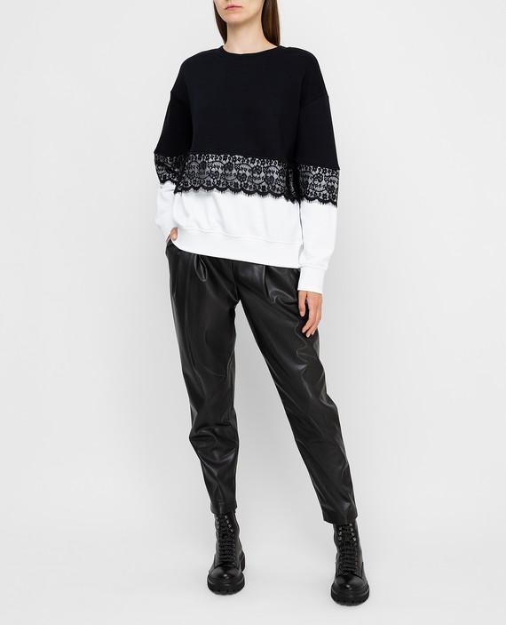 Черные брюки hover