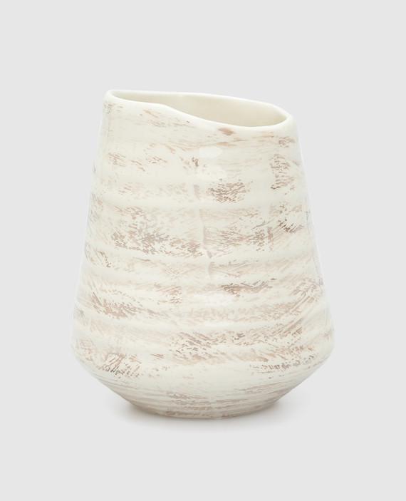 Бежевая ваза из керамики