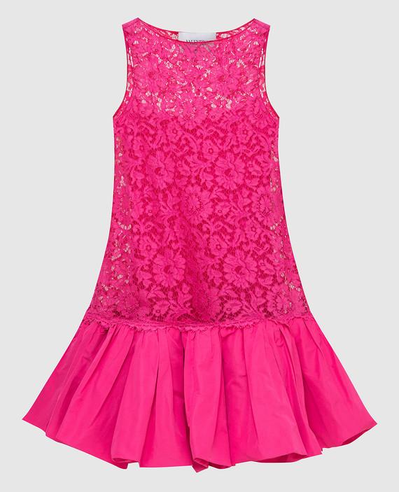 Розовое платье из кружева