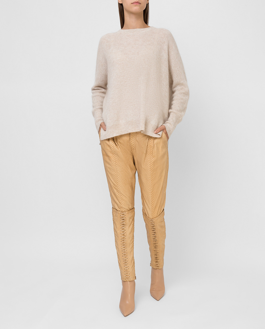 Gucci Бежевые брюки из кожи питона 264366 изображение 2