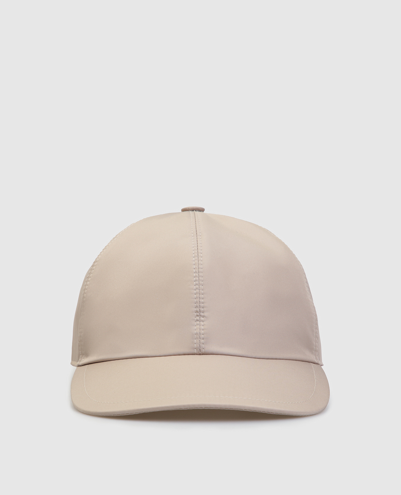 Бежевая кепка