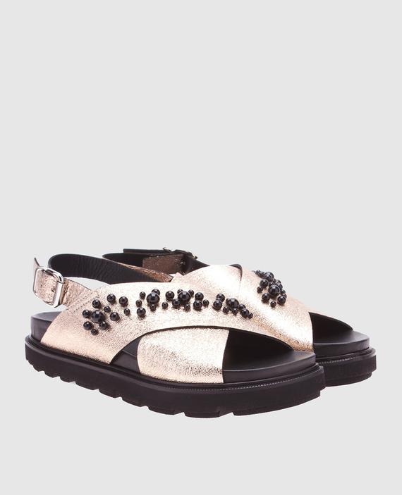 Золотистые кожаные сандалии с бусинами hover